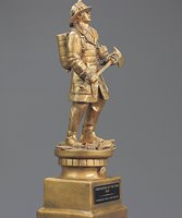 Picture of Fireman Tribute Statue