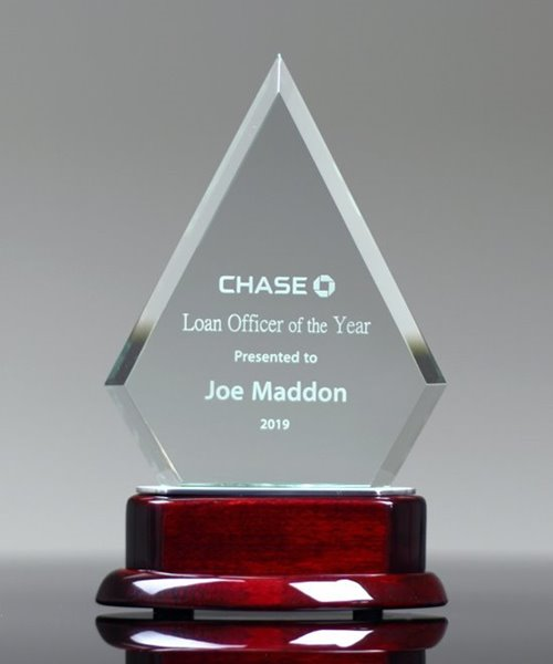 Picture of Glass Pinnacle Award