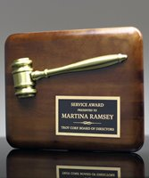 Picture of Walnut Plaque with Gold Gavel