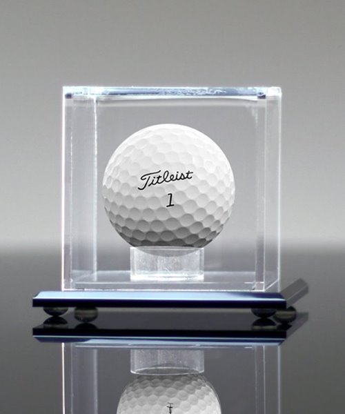 Picture of Deluxe Golf Ball Display Case