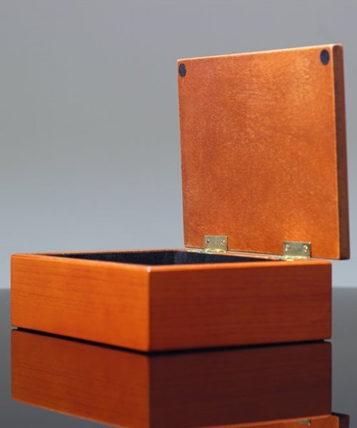 Picture of Walnut Keepsake Box