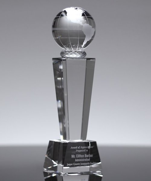 Picture of Crystal Globe Trophy