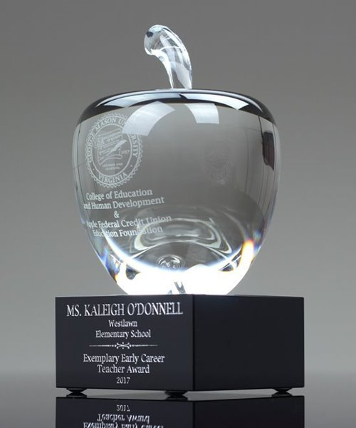 Picture of Crystal Apple Trophy