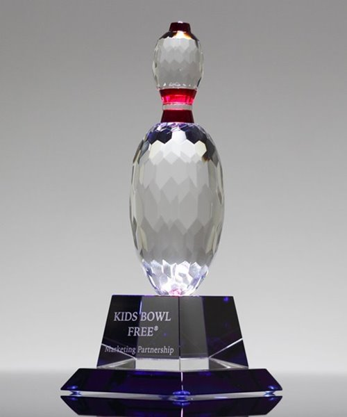 Picture of Crystal Bowling Pin Trophy