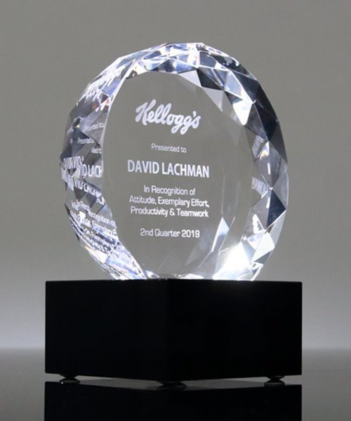 Picture of Majestic Crystal Gem on Base Award